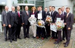 Gewinner, Veranstalter und Sponsoren des GründerCups in der KERN-Region 2004